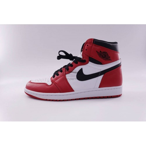 Air Jordan 1 Retro Chicago